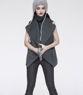 Sleeveless jacket with an open draped lapel front